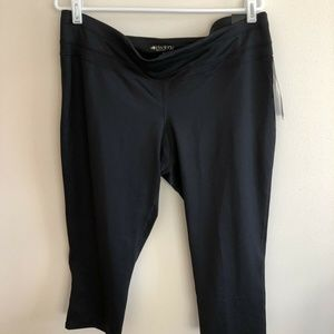 Ideology black capris - womens XL - NEW with tags